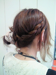 春にむけてヘアアクセサリーを使ったヘアアレンジまとめ♡