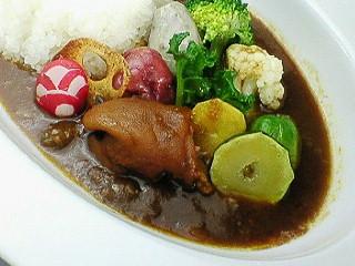磐田名物のおもろカレーをららぽーと磐田で楽しむ。