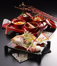 寿司・料理と一緒に、お食い初め料理をお届けします